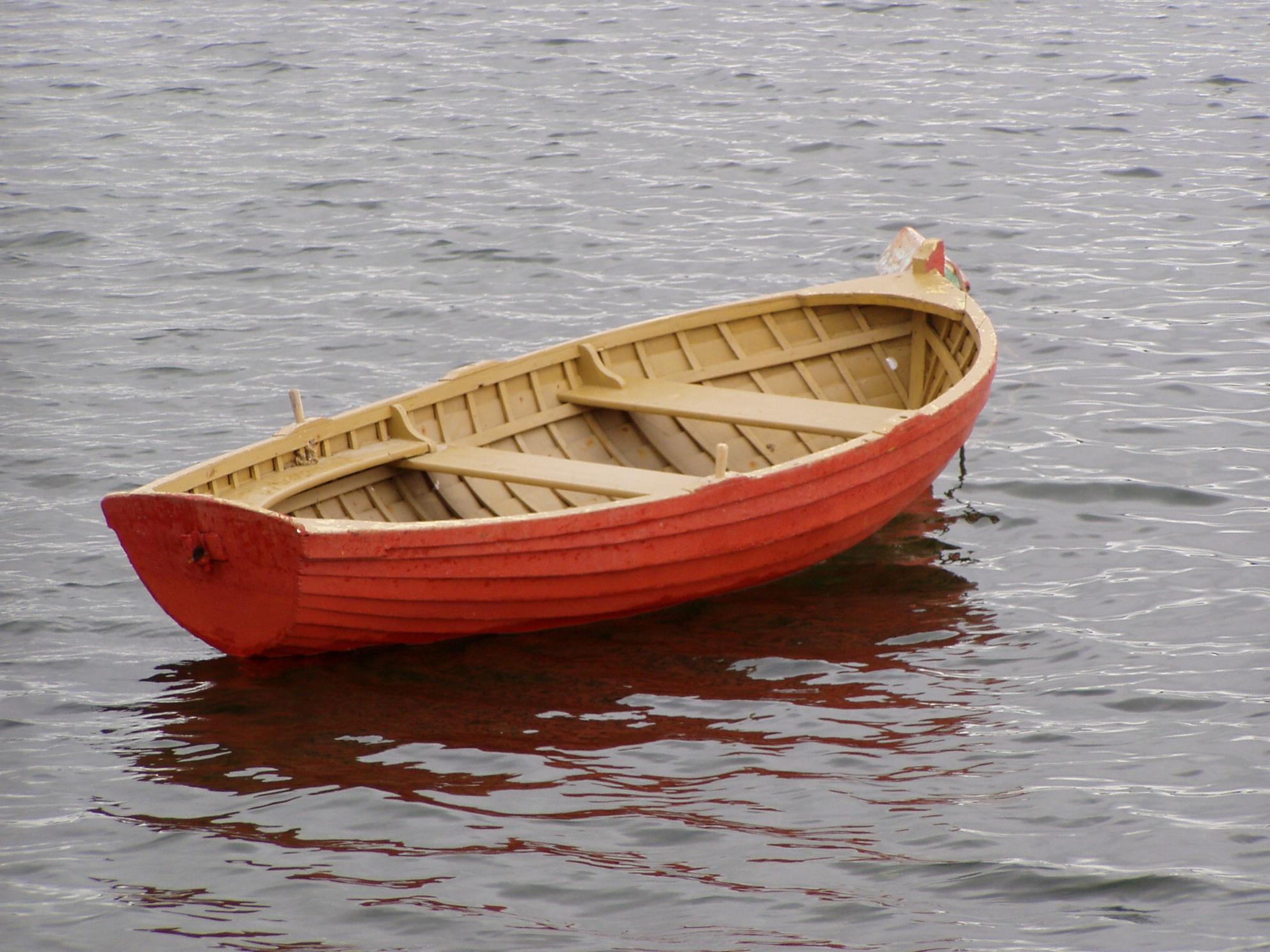 No tener estrategia social media es como cruzar el océano en bote